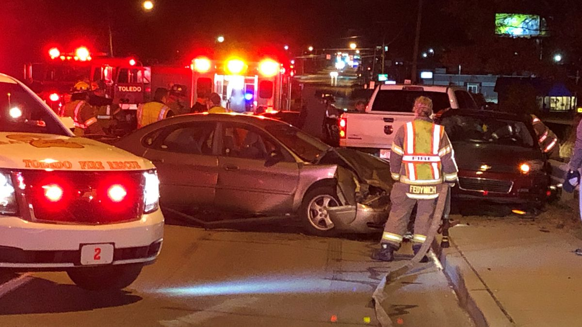 Two people were sent to the hospital after a five car crash in Toledo.