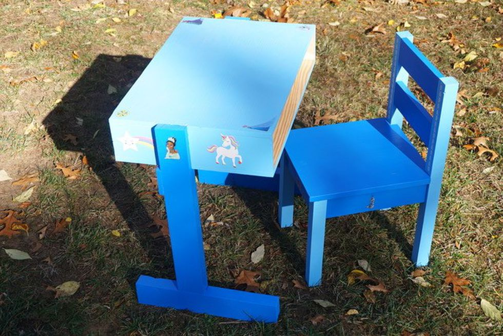 Alan Thompson builds desks for students in need from scratch. For Thompson, he follows the...