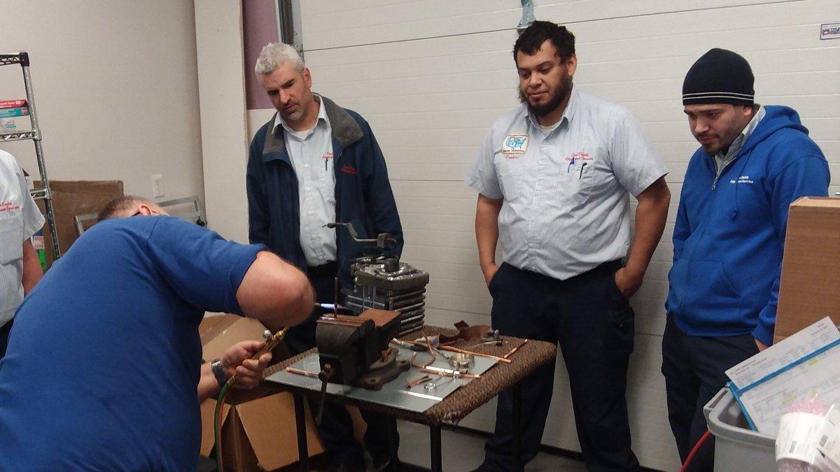 Toledo Major Appliance Company offers $5K bonuses for experienced technicians