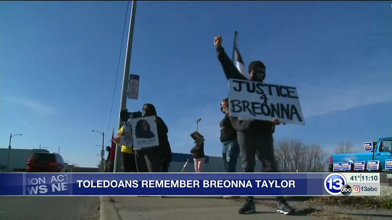 Protesters in Toledo, OH, mark one year since the death of Breonna Taylor