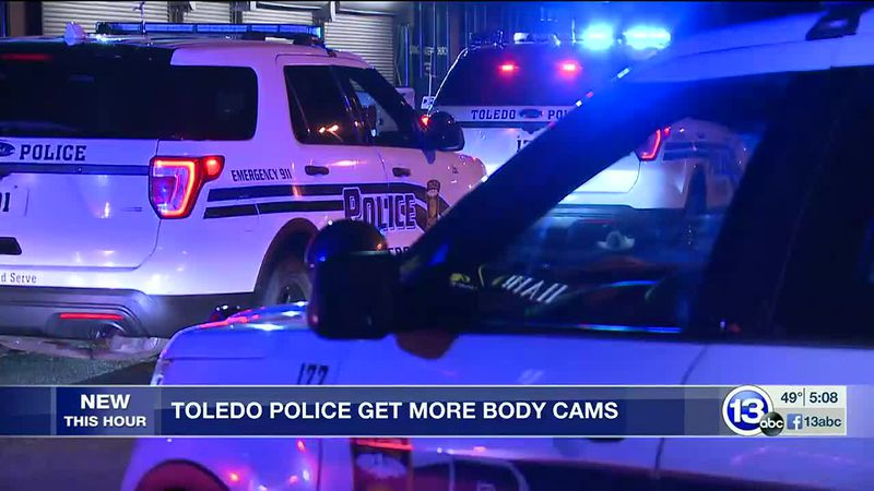 Toledo police give more officers body cameras