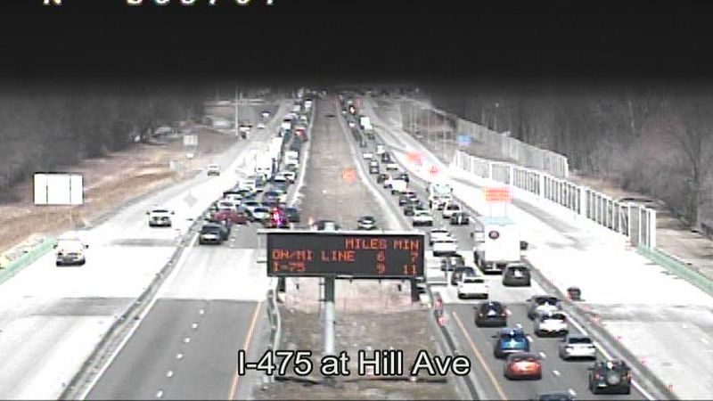 An OHGO traffic camera shows a closure on I-475 SB at Hill Ave.