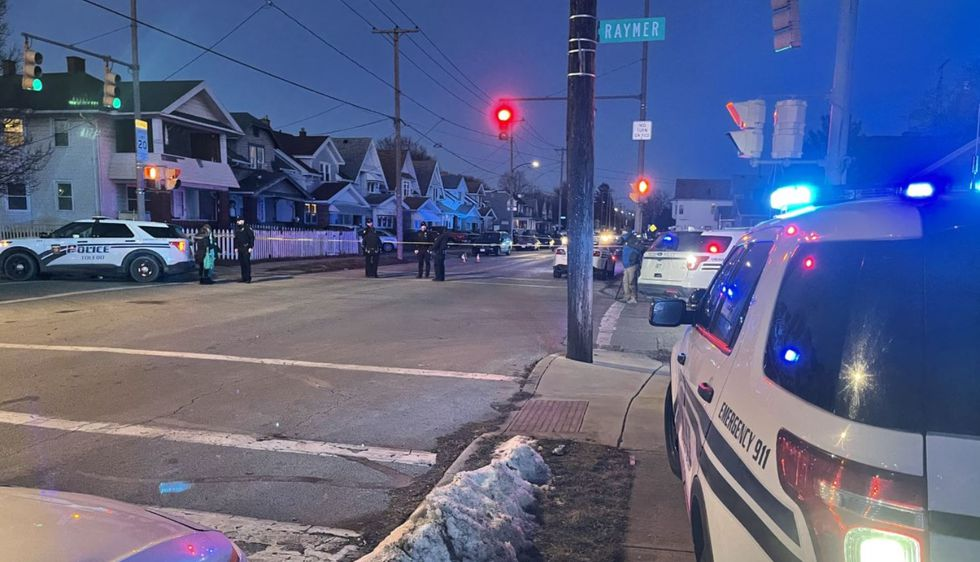 Toledo Police have confirmed there are responding to a shooting at 1500 Nevada Monday evening.