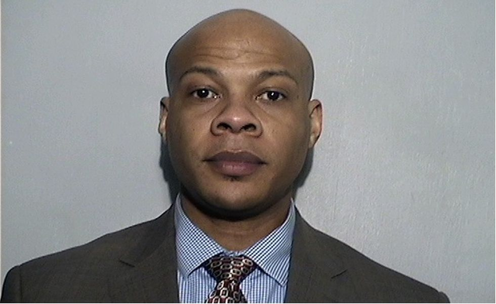 Lawrence chiropractor pleads guilty to inappropriately