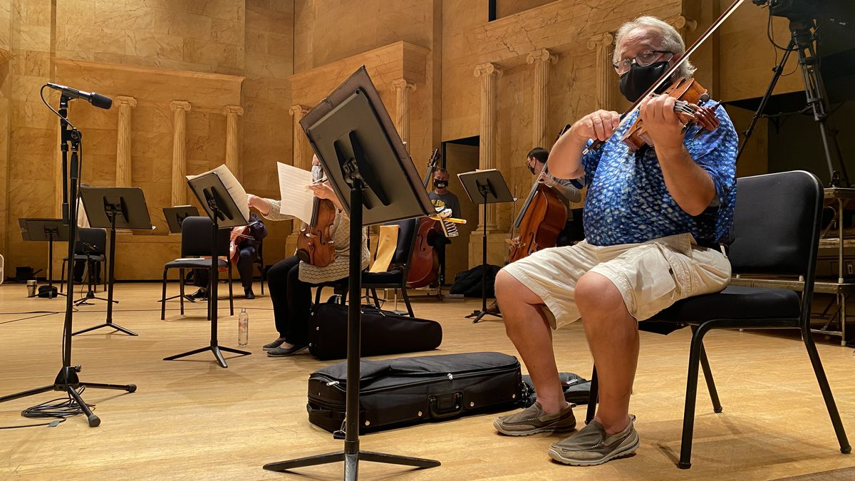 Reed Anderson prepares for this weekends upcoming Toledo Symphony Orchestra performance.