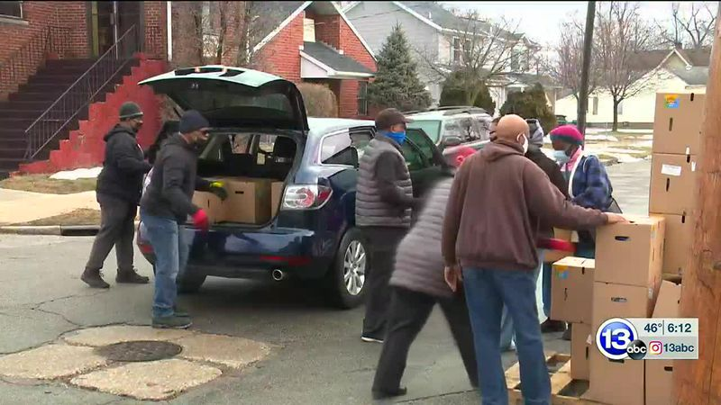 Mt. Zion Church donates hundreds of food boxes to Toledo community