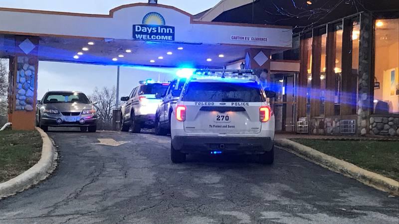 Toledo Police are investigating a shooting at the Miami St. Day's Inn on Monday, Jan. 4.