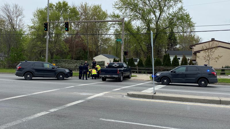 Man to face charges after sending Toledo Police on a chase and crashing into a traffic light