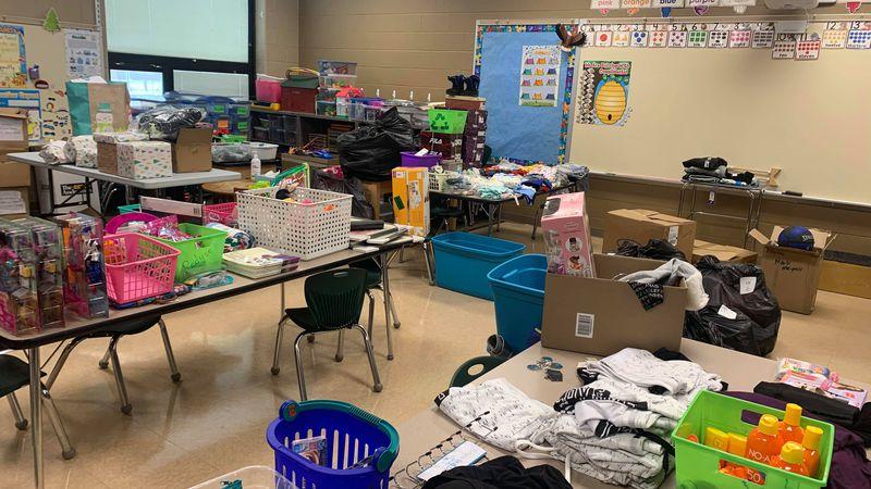 Local teacher spreads Christmas cheer to hundreds of TPS kids.