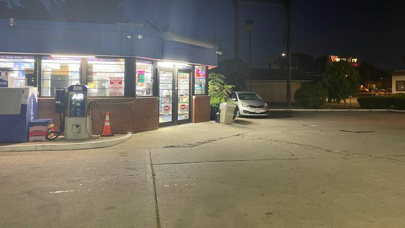 Police are investigating an attempted robbery at a Toledo gas station on Thursday, Sept. 16.