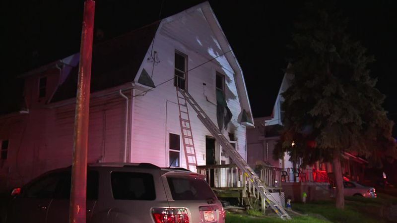 Family jumps from window to escape a house fire