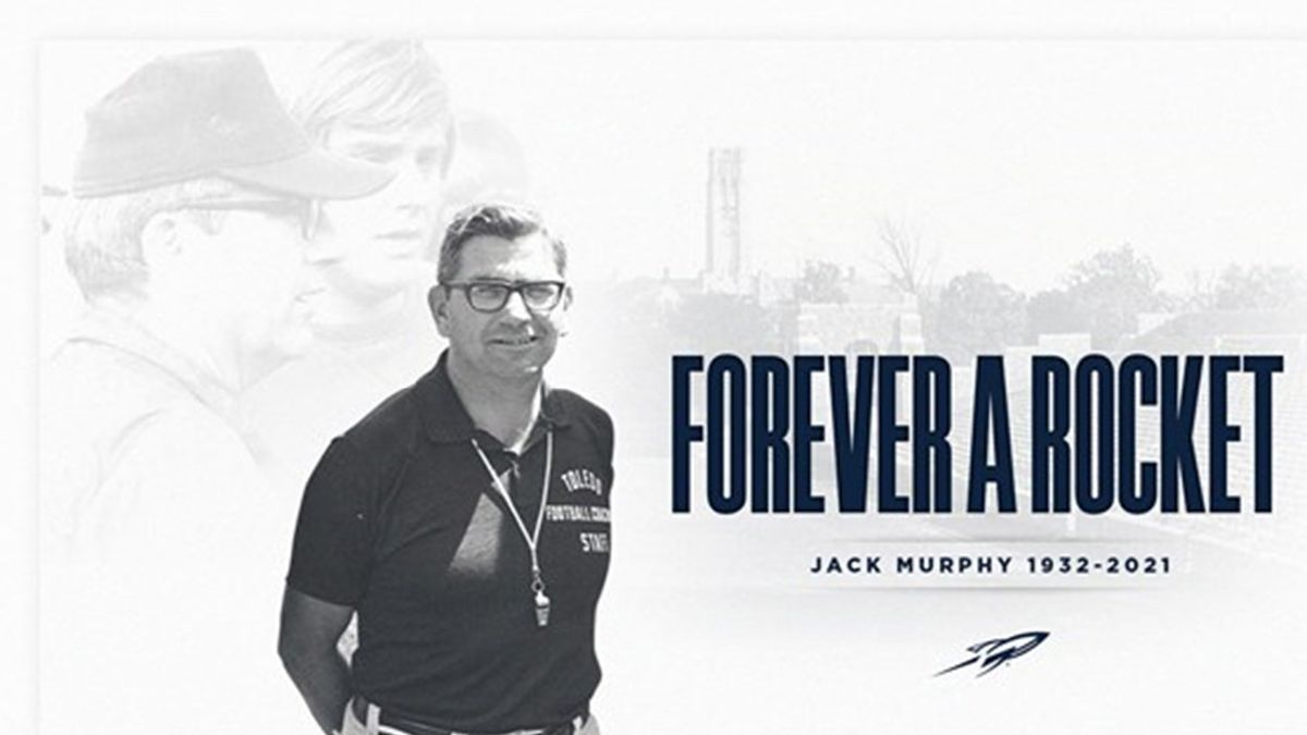 Former Toledo football coach Jack Murphy died at the age of 88.
