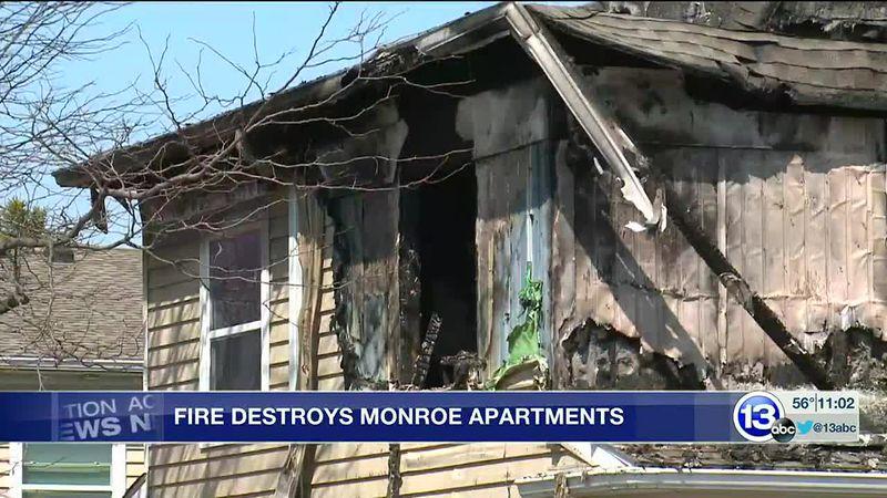 Fire destroys Monroe apartments