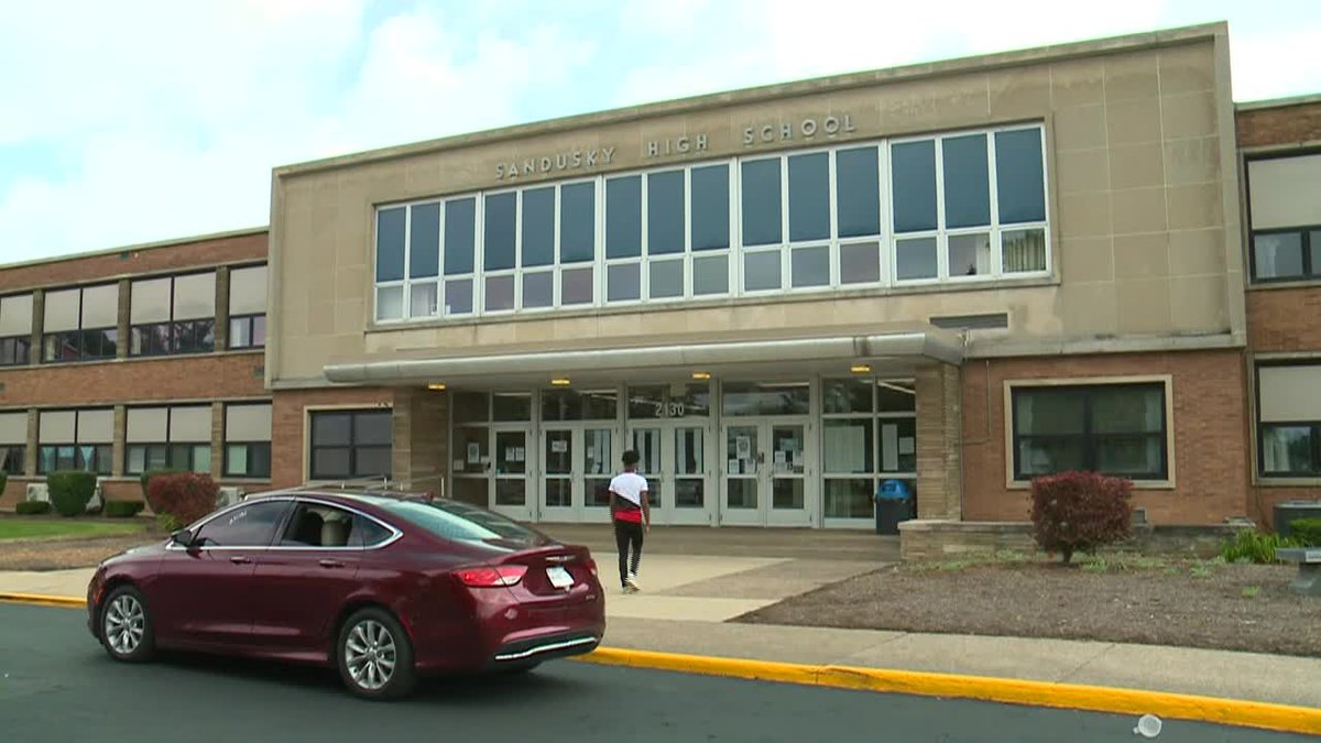 All students and staff in Sandusky City Schools are required to wear face coverings while...