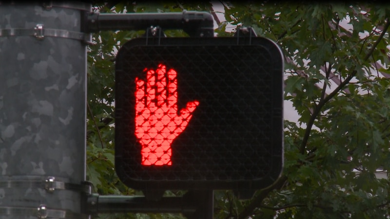 Parent says crosswalk had been out of service for a week
