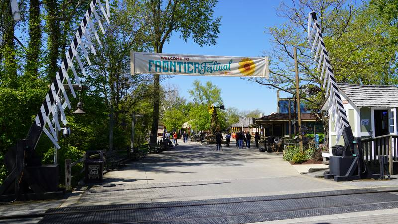 Cedar Point will not require guests to wear masks outdoors if they can maintain 6' distance....