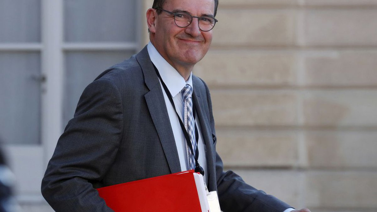 In this May 19, 2020 file photo, French government coordinator for the end of lockdown Jean...