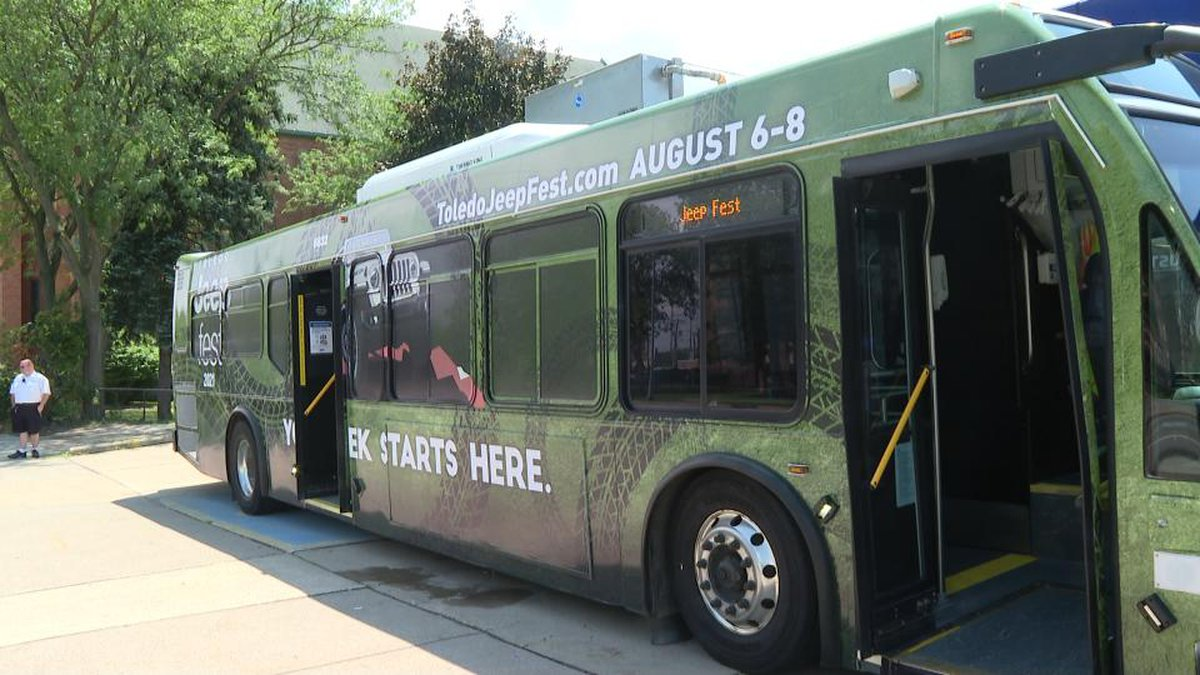 TARTA wrapped a bus to celebrate Jeep Fest and commemorate the partnership between the two...