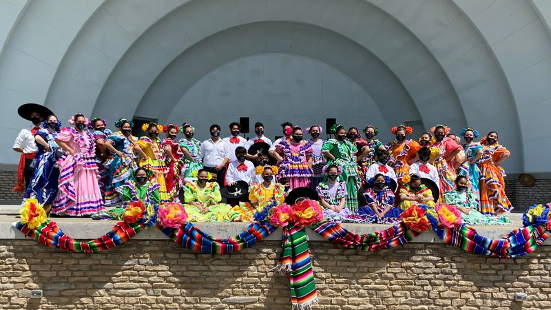 El Corizon de Mexico is celebrating their 25th year anniversary, back with live performances