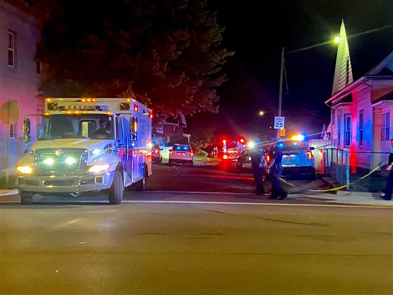 Toledo Police were called to the scene around 1:10 a.m
