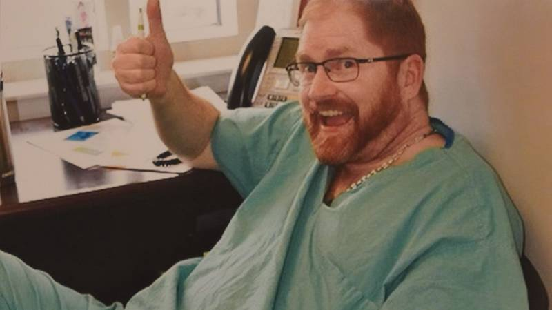 Plastic surgeon, Dr. Thomas Flanigan, had a first-person obituary that went viral. Turns out,...