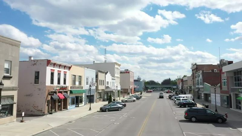 Port Clinton closed Madison to give restaurants outdoor seating