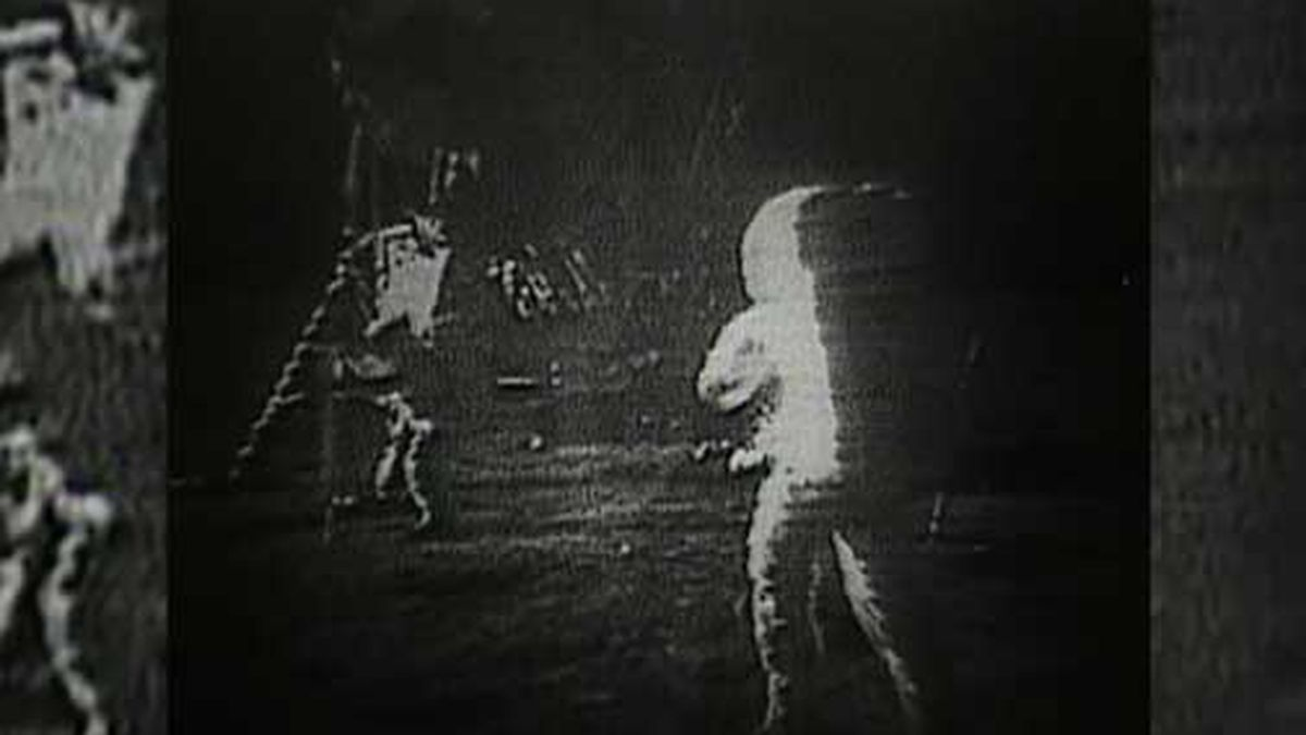 On July 20, 1969, Apollo 11 astronauts Neil Armstrong and Buzz Aldrin set foot on the surface of the moon. (Source: NASA/CNN)