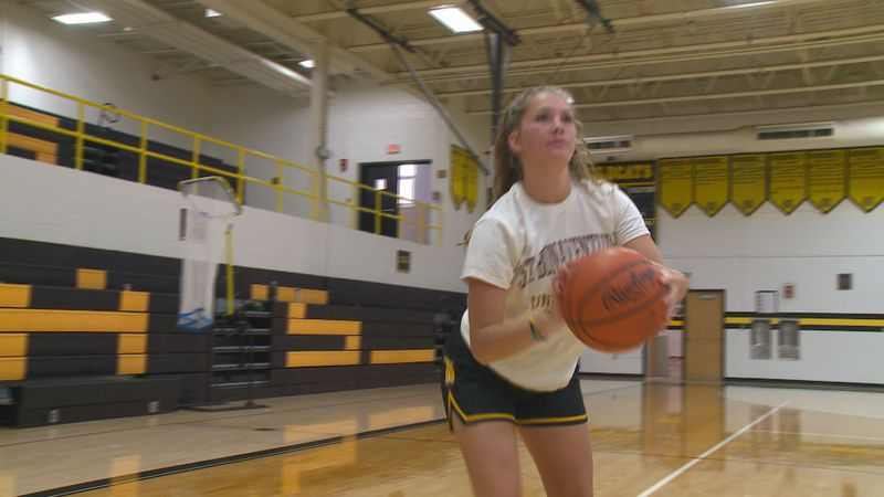 Northview HS point guard Kacee Baumhower has verbally committed to play at St. Bonaventure.
