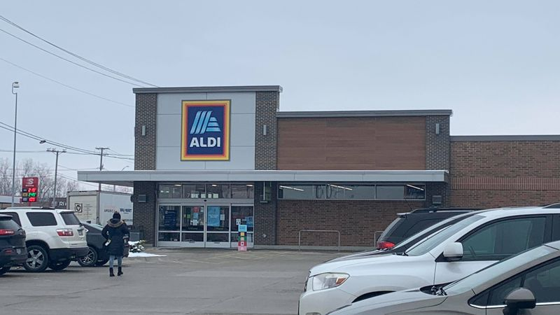 Blessings in Disguise surprise shoppers at Aldi