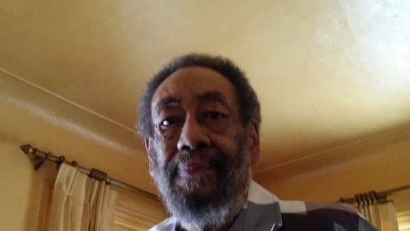 Toledo police look for missing man